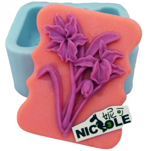 Beautiful Flowers with Wavy Sides Silicone Soap Bar Mold