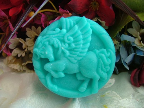 Circular Pegasus charging soap mold